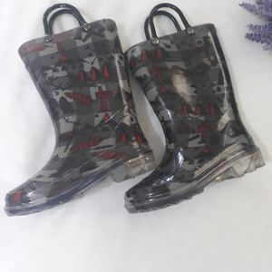 Other - Wood land Rain boots with lights